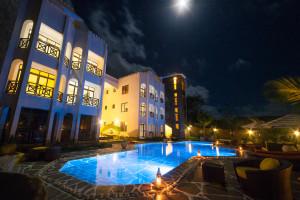 Amani-L.-Apartments-36-300x200
